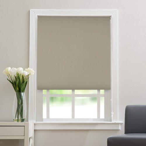 Как установить рулонные шторы на окна