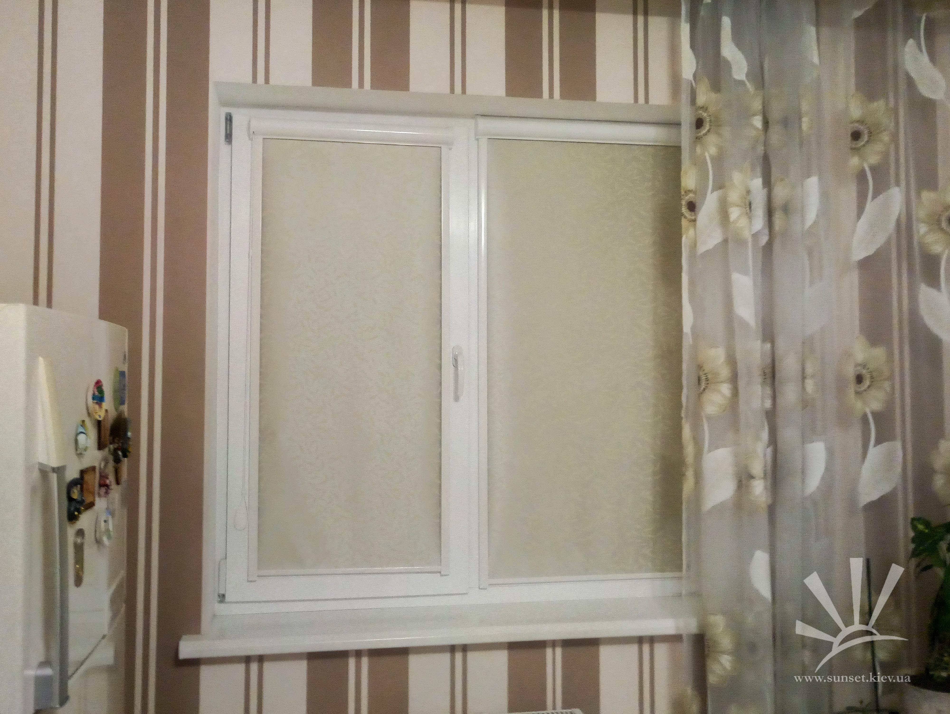 Рулонные шторы в коробе